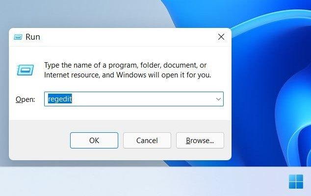 Windows-11-Taskbar-Location-01